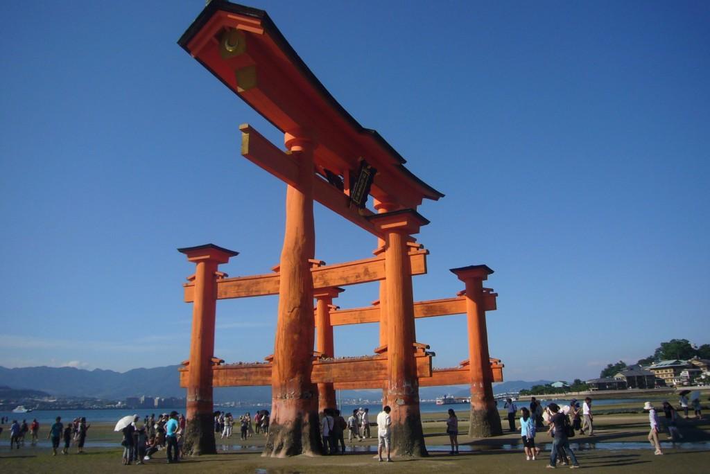 kaiun-厳島神社の大鳥居干潮時
