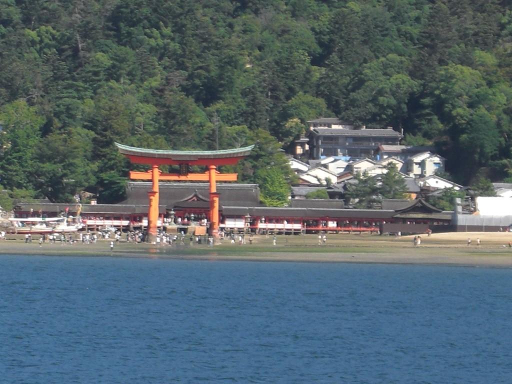 kaiun-厳島神社フェリーから
