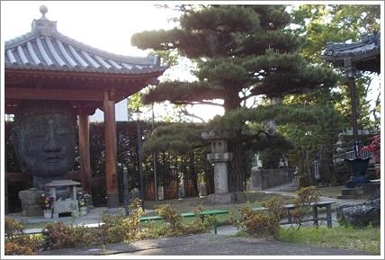和歌山県・無量光寺境内・首大仏