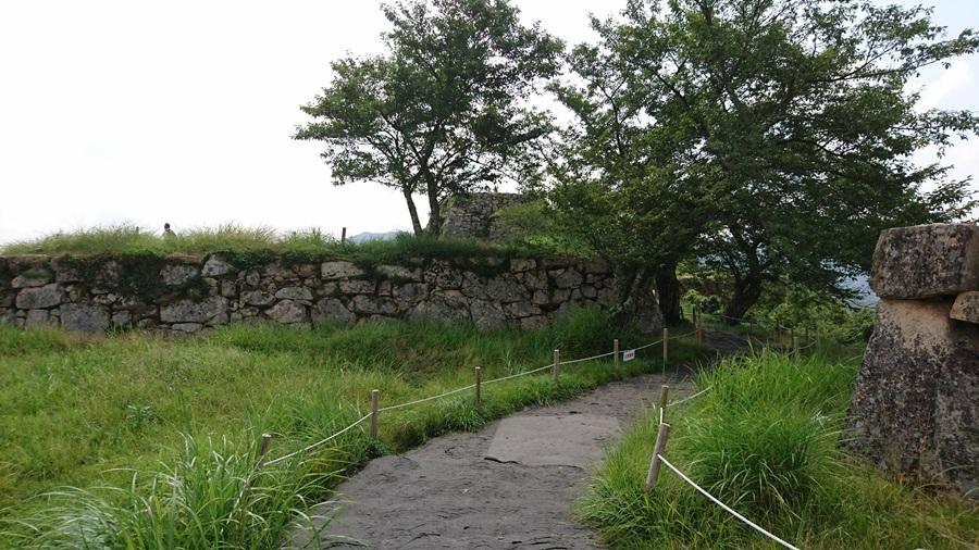 竹田城跡・城跡の最上は近い