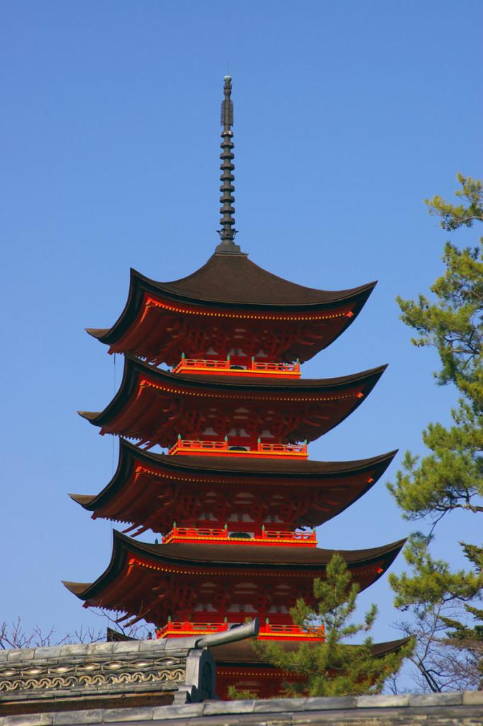 kaiun-厳島神社の五重塔3